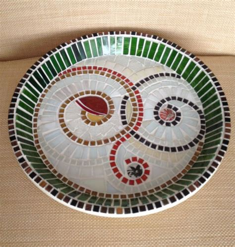 mosaic pattern plates mosaic plate mosaic dishes pinterest mosaics and plates