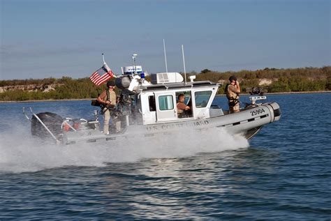 metal shark boats wiki defender class boat wiki everipedia