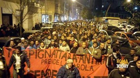 rinnovo permesso di soggiorno roma torpignattara comunit 224 bengalese in corteo contro il caos