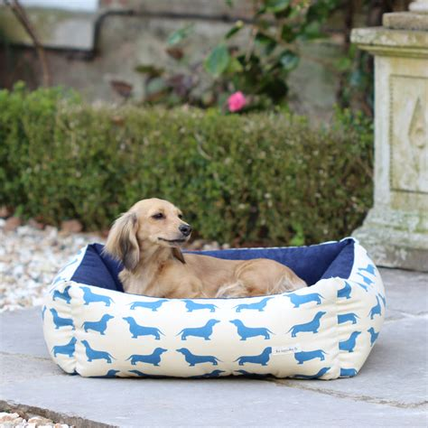 dachshund beds small dachshund dog bed by the labrador company