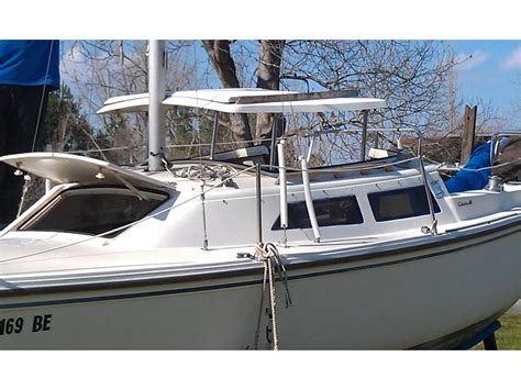 swing keel sailboats for sale 1986 catalina swing keel 22 sailboat for sale in north