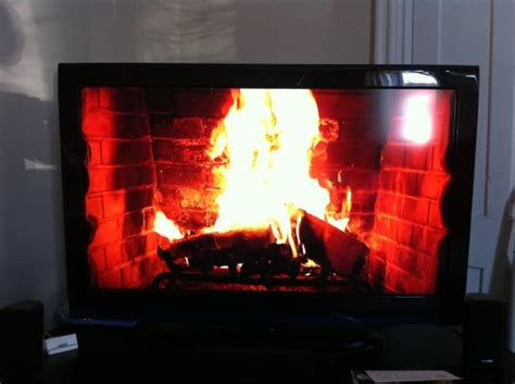 Yuletide Fireplace Channel by The Time Warner Cable Yule Log Now In 3d All Albany