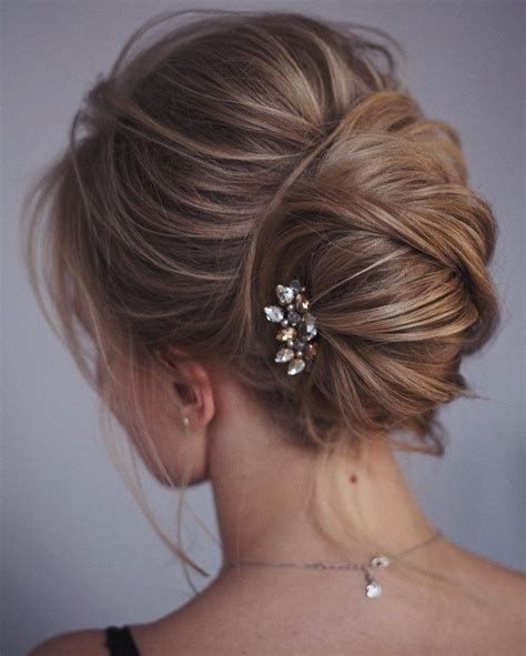 Best 25  Medium length updo ideas on Pinterest