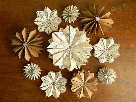 Paper Folding Decorations - 6 paper 171 helen hiebert studio
