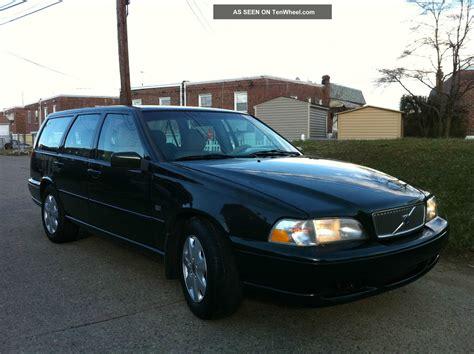 volvo wagon 1999 1999 volvo v70 base wagon 4 door 2 4l strong and