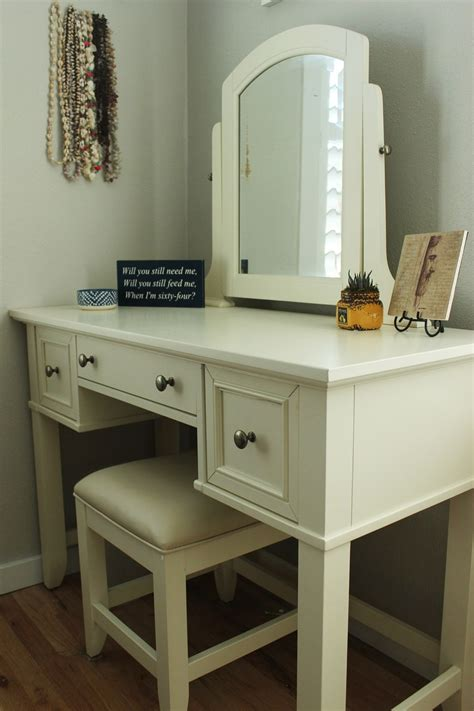 bedroom vanity white white bedroom vanity 28 images portable white antique