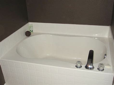Standard Garden Tub Thrifty Decorating Standard Builder S Bathroom