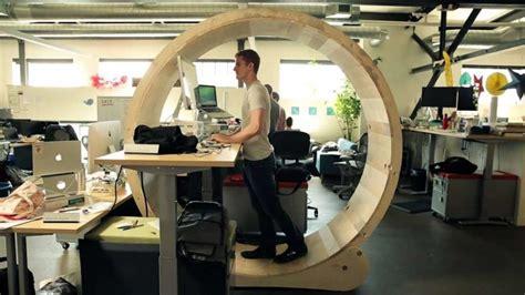 bureau pour travailler debout 4 astuces pour se fabriquer un bureau debout 224 moindre