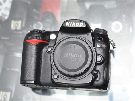 Kamera Nikon D7000 Only jual kamera dslr second nikon d7000 only jual