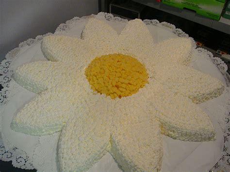 torta a forma di fiore amaretti di gallarate dolci virginia le nostre specialit 224