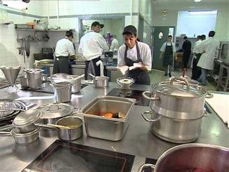 what does a chef de cuisine do c est pas sorcier cuisine de chef la science des