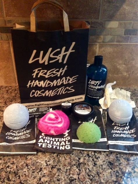 Organic Handmade Cosmetics - my review of lush fresh handmade cosmetics yes i m in
