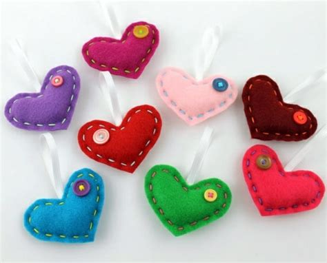 Fabric heart sew by you ? cool DIY ideas   Interior Design