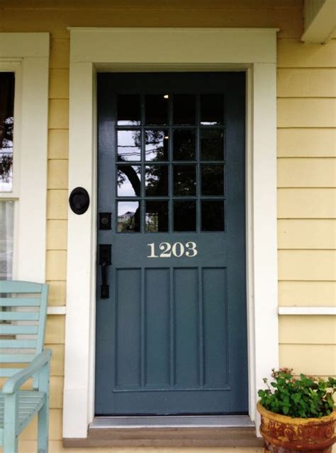 door accent colors for greenish gray 25 best ideas about yellow houses on pinterest yellow house exterior house shutter colors