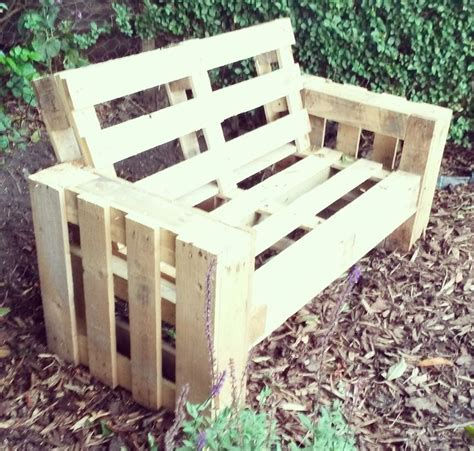 how to make sofa out of pallets best 25 pallet sofa ideas on pinterest palette