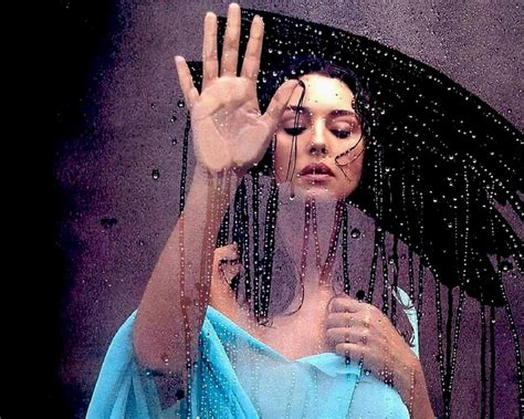 monica bellucci painting body painting wallpaper bellucci