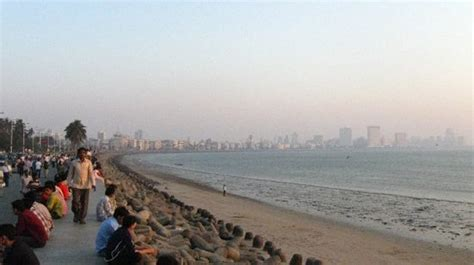 Marine Drive (Mumbai) - What to Know Before You Go ...