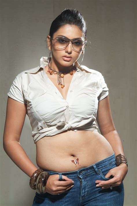 Sab Sexy Actress Namitha Latest Cute And Spicy Photo