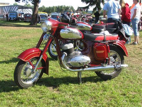 Jawa Motorrad Forum by Motorrad Jawa 353 Des Baujahres 1991 Beim 18 Oldtimer