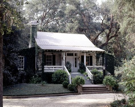 Plantation Cottage by Caretaker S Cottage On Plantation Style Southern Estate