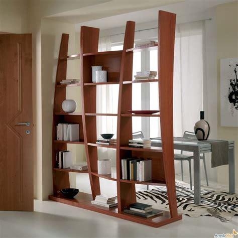 mobili divisori soggiorno vantaggi dei divisori mobili cura dei mobili perch 232