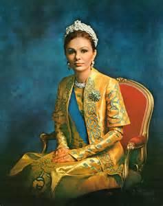 queen farah pahlavi iran pahlavi