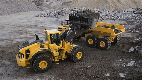 volvo construction equipment dealer volvo ce appoints new dealer for yukon territory canada