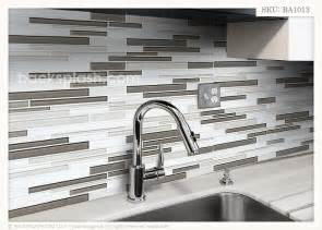 grey white glass tile backsplash ideas for the house