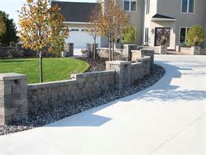 Curb Appeal On A Budget - eyestopping curb appeal
