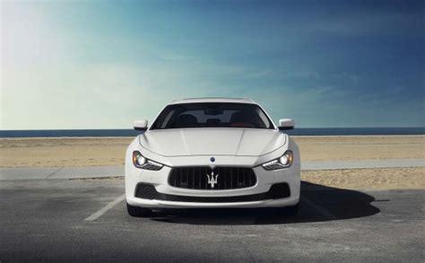 voiture de luxe blog s 233 jour en dom tom et location de voitures de luxe