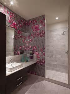 badezimmer tapeten papier peint salle de bain offrant la possibilit 233 de