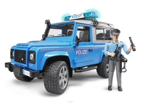 land rover bruder bruder police department land rover defender 02597 163 39 99