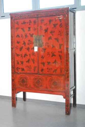 mobili antichi cinesi latitudini mobili gli armadi cinesi tibetani e mongoli