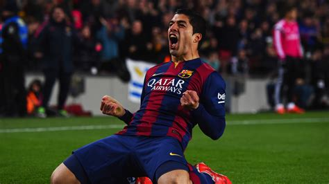 wallpaper suarez barcelona barcelona player luis suarez happy after goal wallpapers
