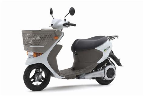 Suzuki Electric Scooter Panasonic To Supply Electric Drive System For Suzuki