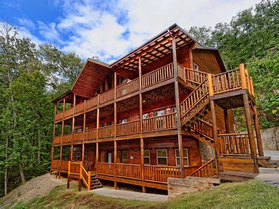 12 bedroom cabins in tennessee pigeon forge tennessee vacation cabin rental 12 bed