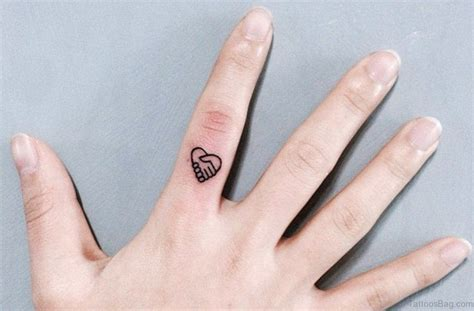 heartbeat tattoo on finger 41 awesome love heart tattoos on finger