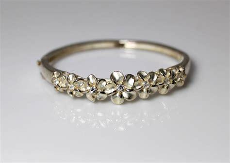 beautiful sterling silver hawaiian cz plumeria hinged