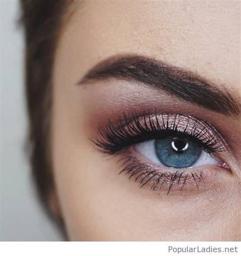 Eyeshadow For Blue the 25 best blue eye makeup ideas on