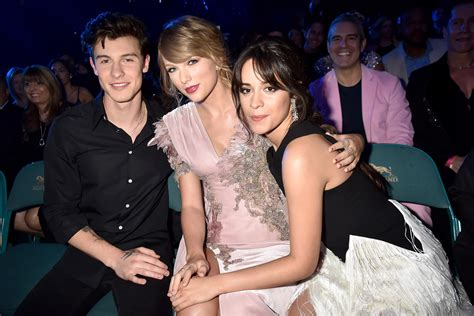 taylor swift billboard stream taylor swift looked stunning and snagged two awards at