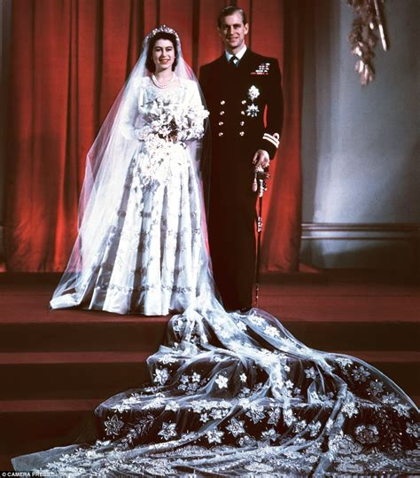 A Day In The Of Me A Royal Visit by Elizabeth And Philip S Platinum Anniversary