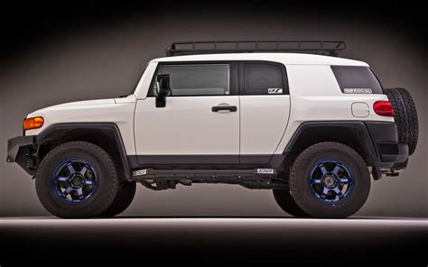 Who Is The Toyota Toyota Fj Cruiser Review And Photos