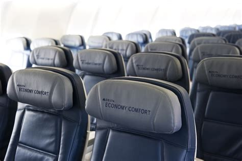 delta a330 economy comfort delta used targeted twitter advertising for flight