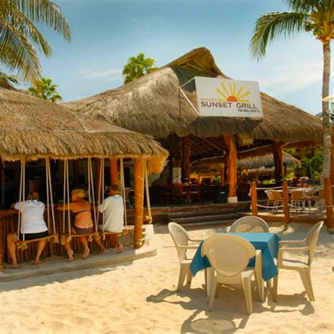 Top Bars In Cancun by Canc 250 N The Riviera Travel Guide Travel Leisure