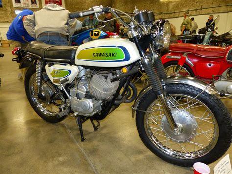 Vintage Kawasaki by Oldmotodude 1971 Kawasaki A7 Ss Avenger On Display At The