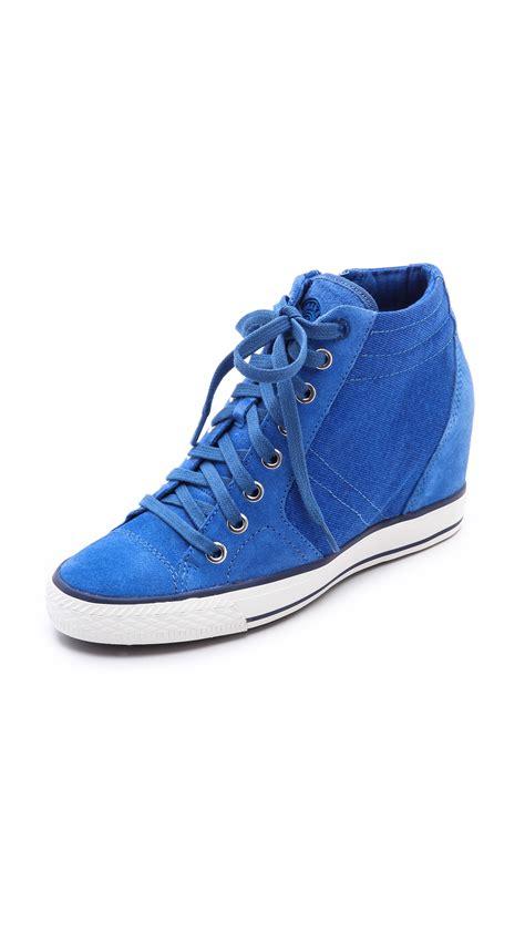 dkny wedge sneakers on sale dkny wedge sneakers in blue sapphire lyst