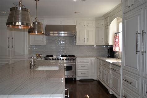 Kitchen Backsplash Glass Tile Design Ideas by Grey And White Kitchen Traditional Kitchen Dallas