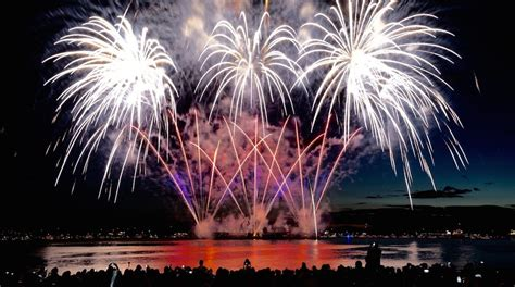 the netherlands to lead vancouver s 2016 fireworks the complete disney vancouver celebration of light