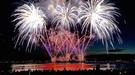 united states disney fireworks display wins 2016 the complete disney vancouver celebration of light