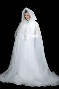 Ghost cape white